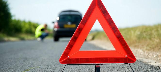 Cómo actuar ante una avería en carretera-BC Servicios Integrlaes SL